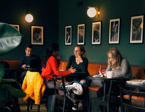 カフェで英語の勉強